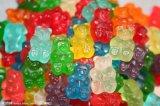 ゼリーMacking柔らかいキャンデーの作り出すか、またはライン