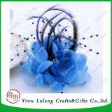 羽および真珠のビードのブローチPinの絹の花Fascinator
