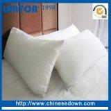 La Chine usine d'oreillers de gros de l'hôtel bon marché vers le bas la preuve personnalisé