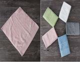 異なったカラーの100%年のCttonの正方形タオル