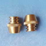 주문을 받아서 만들어진 디자인 정밀도 금속 CNC 기계로 가공 맷돌로 가는 도는 부속