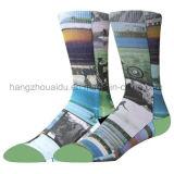 Form-persönlicher Gefühl-Entwurfs-strickende Mann-Socke