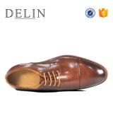 MOQ 41-46 bajo Tamaño de los hombres zapatos de cuero auténtico