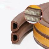 Striscia vicina autoadesiva di sigillamento del portello della gomma di gomma piuma delle cellule