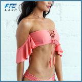 Soem-drücken reizvoller Rüsche-Bikini-Frauen-Badeanzug hoch
