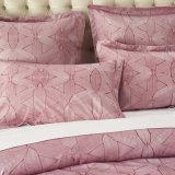 90GSMはのどの刺繍の寝具セットを印刷した