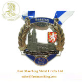 カスタム卸し売りウォータージェットの円形浮彫りは金属の栓抜きメダルを鋳造する