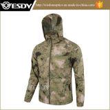 FgのSGS標準の屋外の戦術的で薄いハイキング及びキャンプのジャケットのコート