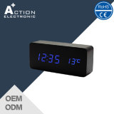 Houten Digital LED Clock met 3 Alarm en Sound Control
