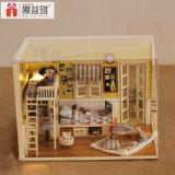 Het grappige Kleine Houten Huis van Doll van Assemblling van het Stuk speelgoed DIY