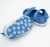 Weiches Segeltuch-Säuglingsschuhe für Babys