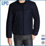 Jaqueta para homem com capotas