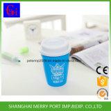 La couleur bleue Spill-Proof populaire tasse en plastique avec couvercle