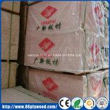 madera contrachapada comercial de 18m m BB/CC Garde con la cara de Bintangor