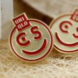 Pin su ordine del risvolto del fronte di sorriso del metallo del regalo di promozione