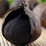Много шариков определяют черный чеснок с хорошим качеством