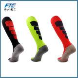 El balompié se divierte los calcetines de la compresión para los calcetines del fútbol de las mujeres y de los hombres