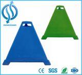 Azul e verde PE Triangular Pyramid Cone