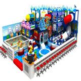 Campo da giuoco dell'interno di tema del castello magico di divertimento di acclamazione
