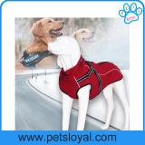 Nuovi vestiti del cane di animale domestico di disegno del fornitore con il cablaggio