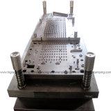 Dei forni a microonde matrice di stampaggio/lavorazione con utensili