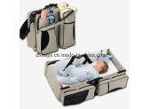 赤ん坊のための屋外のFoldableまぐさ桶は、Foldable赤ん坊旅行おむつ袋、Mami袋を運ぶ