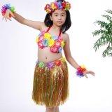 I compleanni hawaiani fioriti variopinti di eventi del costume degli adulti dei bambini dei capretti celebrano il vestito dalla decorazione del pannello esterno della paglia dell'erba di Hula del partito