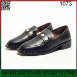 新しいデザイン平らで小さい革円形のヘッド靴