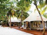 休日の防水PVDFリゾートのテントのレストランのテント