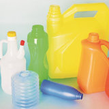 Plastikwasser-Flasche, die Maschine herstellt