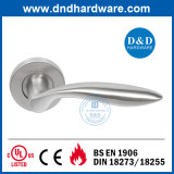 Maniglia solida personalizzata del hardware SS304 del portello per Europa (DDSH024)