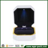 Blanc laqué Deluxe coffret à bijoux lumineux à LED