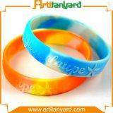 Anunciou o Wristband colorido por atacado do silicone