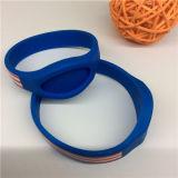 Высокое качество Wristbands Tyvek национального флага изготовленный на заказ