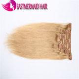Grampo louro da cor das extensões do cabelo humano de Remy no cabelo humano
