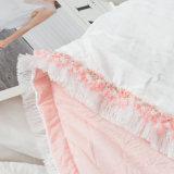 綿の美しいシーツは女の子のためにセットした
