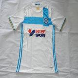 Marseileの白いサッカーのジャージ、フットボールのTシャツ