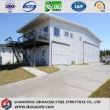 絶縁体のパネルが付いている低価格のプレハブの鋼鉄研修会か倉庫