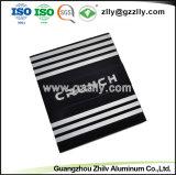 6063 Aluminium extrudé pour dissipateur thermique de l'équipement audio de voiture du radiateur avec la norme ISO9001