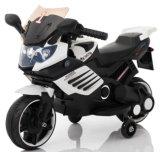 Mini paseo eléctrico de los cabritos en el juguete de la motocicleta