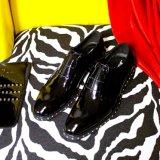 Лакированная кожа сотрудник полиции платье Оксфорд кожаную обувь