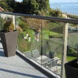 Appartement escalier en verre de clôture de l'acier de canal U balustrade / verre balustrade