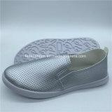Hotsale Frauen-flache Schuh-beiläufige Einspritzung bereift Soem (GJ1710-6)