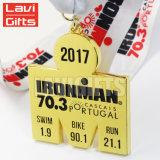Presentes feitos sob encomenda por atacado baratos da medalha do esporte do metal para vencedores do Triathlon