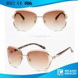 주식에서 2017의 Eye Glasses Fox Decorate 형식 숙녀 테가 없는 금속 색안경 947