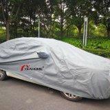 100%年の紫外線証拠および防水自動車カバー4層の保護車カバー