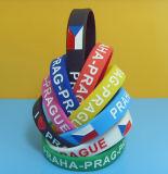 Form Debossed Farbe gefüllte Silikon-Armbänder