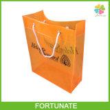 高品質によって着色されるPVCはショッピング・バッグを運ぶ