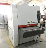 2つの厚さのローラーの木製の広いベルトの紙やすりで磨く機械