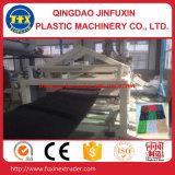 Máquina de fabricação de tiras artificiais de grama artificial
